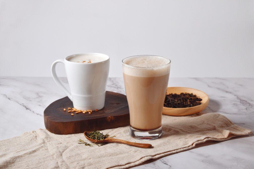Kuromitsu Hojicha Latte & Sencha Latte